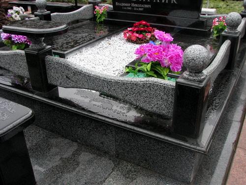 Оформление надгробий
