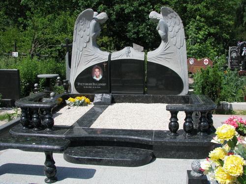 Памятник на кладбище цена фото эпицентр памятники в волгограде на мамаевом кургане тишина