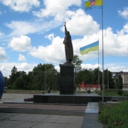 Фото монументальной статуи из бронзы. Установленная скульптура из бронзы Иоанна Путивльского фото. Купить монументальную статую в Киеве сегодня, можно прямо с сайта.