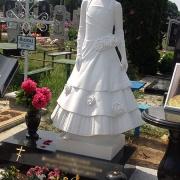 Скульптура ребёнка. Фото скульптуры на кладбище. Изготовление скульптуры в Киеве.