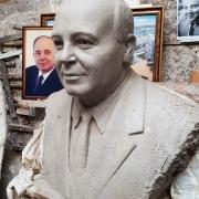 Изготовление модели портрета из глины. Стоимость ритуального бюста - от $5 тыс.
