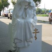 На фото скульптура из полимера после изготовления в цеху. Производство статуй и скульптур из полимера в Киеве. Заказать скульптуру из полимера, можно в магазине Ритуальной скульптуры по цене 27 тыс. грн.