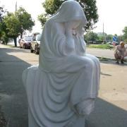 Производство качественных статуй из полимера в Киеве. Размер скульптуры 125 х 50 х 50 см. Вес статуи из полимера 45 кг. Доступная цена скульптуры для памятника, согласно разработанного проекта.