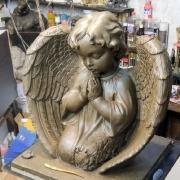 Цена ангела из полимера - доступна. Высота скульптуры ангела - 54 см., глубина скульптуры ангела - 21 см., ширина скульптуры - 57 см.
