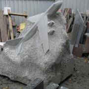 Изготовление монументальной скульптуры из гранита в цеху Александра Прядко в Киеве. Размер скульптуры - по утверждённому проекту памятника.