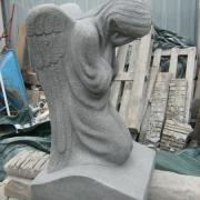 Фото скульптуры из гранита. Размер скульптуры из гранита - 90 х 50 х 40 см. Стоимость ангела из гранита: от $ 3 тыс.