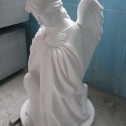 Скульптура ангела фото. Заказать ангела из мрамора, можно в Магазине Ритуальной скульптуры в Киеве.