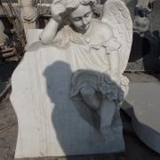 Скульптура скорбящего ангела для памятника, фото на производстве.  Галерея ангелов фото; в магазине Ритуальной скульптуры в Киеве.