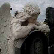 Фото скульптуры с ангелом. Создание проекта скульптуры с ангелом. Цена скульптуры с ангелом, согласно проекта памятника.