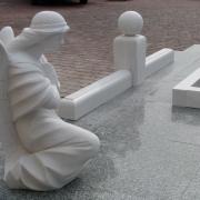 Скульптура ангела для памятника. Размеры ангела из мрамора: 60 х 35 х 35 см. Цена скульптуры ангела: $4 тыс.
