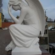 Высота скульптуры для памятника - 85 см. Стоимость ангела - согласно проекта памятника.