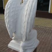 Высота ангела - 85 см. Заказ ангела на могилу - со стр. сайта: https://www.prjadko.kiev.ua/kontakty.html