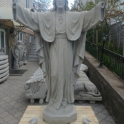 Галерея скульптуры. Скульптура Иисуса Христа. Высота скульптуры - 2 м. Основа скульптуры - 0,52 х 0,52 м.