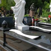 Создание скульптуры ВИП класса для ритуальных комплексов в Киеве. Доступная стоимость скульптуры ангела.