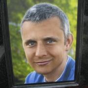 Фото 3д портрета на памятник. Размеры портрета 3д: 30 х 40 см., доступная цена 3д портрета, от 4 тыс. грн. Изготовление объёмных портретов в Киеве, за 30 дней.