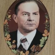 Мужской портрет для памятника; размер овала для памятника: 13 х 18 см. Цена овала для памятника - 500 грн.