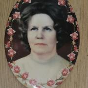 Фото для памятника. Женский портрет для памятника: размер овала для памятника - 13 х 18 см.