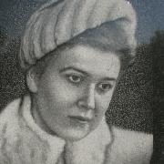 Портрет дочери на памятнике. Изготовление качественных портретов в Киеве с гарантией 10 лет.