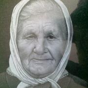 Портрет бабушки на памятнике. Красивый портрет художника на камне, ручная работа. Цена портрета на памятник 800 грн. Гарантия на портрет 10 лет.