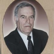 Портрет для памятника в овале. Изготовление мужского портрета по фотографии, размер: 22 х 35 см. Заказ цветных овалов в Киеве, в офисе ЧП Прядко.
