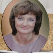 Фото женщины для памятника. Размер портрета для памятника: 30 х 40 см. Цена женского портрета для памятника - 3600 грн.