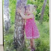 Фото в стекле на памятнике. Размер портрета в стекле на памятник 30 х 40 см. Заказать портрет в стекле, можно с нашего сайта. Цена детского портрета в стекле 3600 грн.