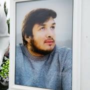 Заказать портрет в стекле для памятника - можно с сайта: https://www.prjadko.kiev.ua