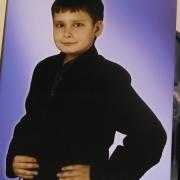 Цветной портрет ребёнка на памятник. Размер детского портрета на камне 40 х 50 см. Цена детского портрета для памятника 4 тыс. грн. Заказать портрет для ребёнка на камне, можно в офисе ЧП Прядко в Киеве.