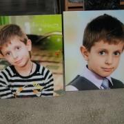Детские цветные портреты на памятник, размер портретов на камне 40 х 40 см., врезка и вклейка портрета в памятник 800 грн.