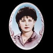 Цветной овал на фарфоре. Изготовление фарфоровых медальонов в Киеве. Размер медальона 18 х 24 см., стоимость фарфорового овала 1 тыс. грн.