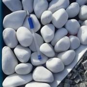 Фото крошки из мрамора. Цвет крошки из мрамора - белый.