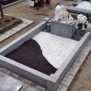 Купить мраморную крошку для оформления могилы - можно с сайта: https://www.prjadko.kiev.ua