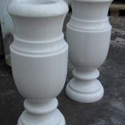 Фото вазы из мрамора для памятника. Высота мраморной вазы н=50 см., цена ваз из мрамора $150; купить вазу из мрамора для памятника, можно прямо с сайта сейчас.