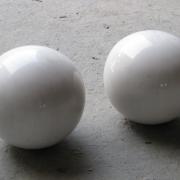 Фото шаров из мрамора для памятника. Диаметр шаров из мрамора для цоколя 20 см. Цена шара из мрамора для цоколя $200. Купить шары из мрамора для кладбища, можно в ЧП Прядко в Киеве.