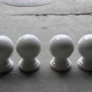 Фото шаров из мрамора для памятника. Шары из мрамора диаметром 12 см. Цена шара из мрамора для памятника $50. Купить шары из мрамора для памятника, можно с нашего сайта сейчас.